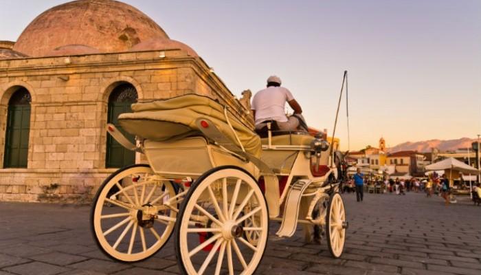 Ο Σύλλογος Εστίασης Νομού Χανίων στηρίζει τους αμαξάδες