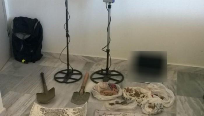 Τους έπιασαν την ώρα που άρπαζαν αρχαία από αρχαιολογικό χώρο στην Κίσσαμο