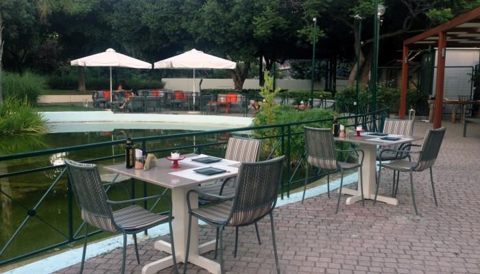 Avocado café-restaurant: όαση δροσιάς στην καρδιά της πόλης των Χανίων