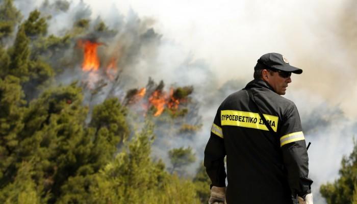 Υπό μερικό έλεγχο τέθηκε η πυρκαγιά στον Δήμο Πλατανιά