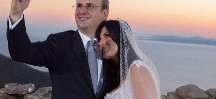 «Το πήρα το κορίτσι»! Ο Κωστής Χατζηδάκης παντρεύτηκε στην Τζιά