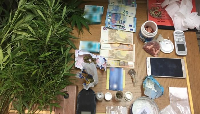 Τρεις Βέλγοι είχαν ναρκωτικά για όλα τα γούστα (φωτο)