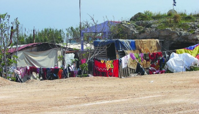 Απομάκρυναν καταπατητές δημοτικών χώρων στο Ηράκλειο η αστυνομία