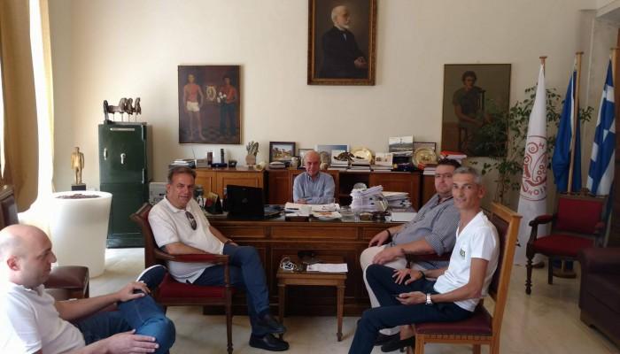Στον δήμαρχο Ηρακλείου ο πρόεδρος του ΟΦΗ