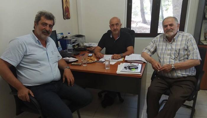 Επίσκεψη Πολάκη στο Δημαρχείο Σφακίων