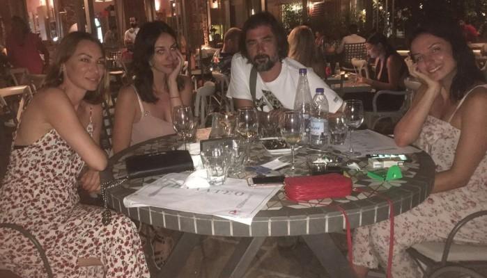 Βραβευμένος Σέρβος ηθοποιός κάνει διακοπές στα Χανιά με την οικογένεια του