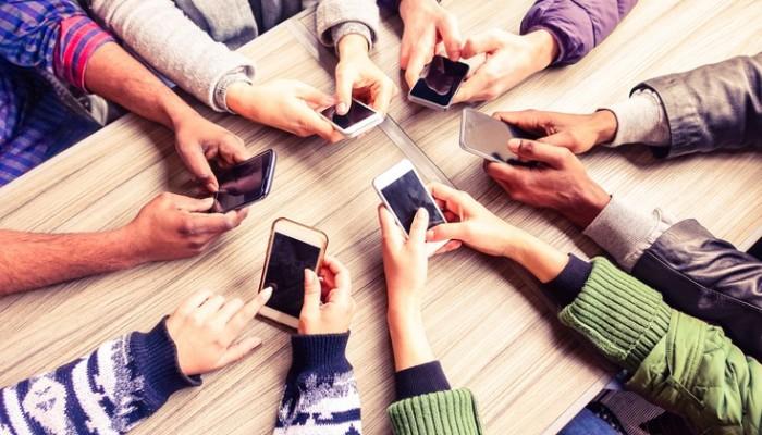 Ο Συνήγορος του Καταναλωτή για τις χρεώσεις μηνυμάτων από 5ψηφια νούμερα