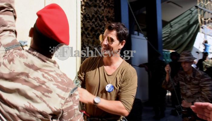 Αποκλειστικές φωτογραφίες από τον.... στρατιώτη Σάκη Ρουβά