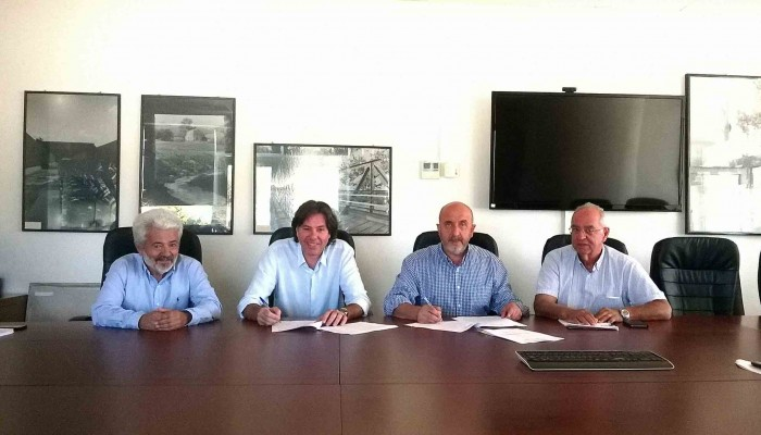 Συνεργασία Δήμου Σφακιων με ΟΑΚ για τα νερά