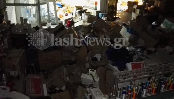 Μεγάλη καταστροφή σε βιοτεχνία ρούχων στα Χανιά (φωτό)
