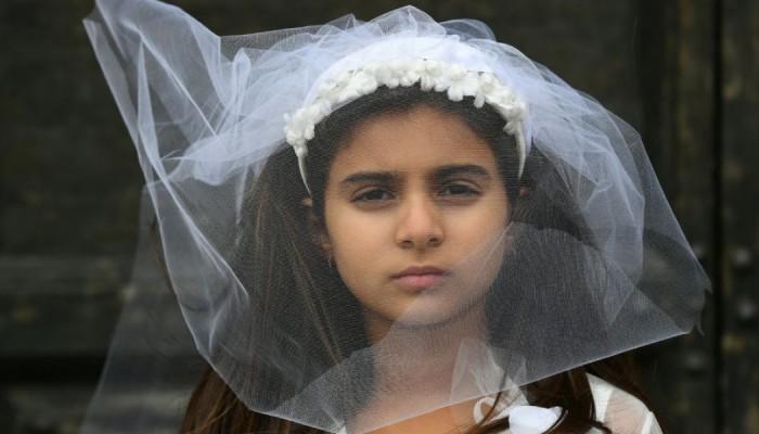 Τραγικό: Με νόμο το Ιράκ επιτρέπει γάμους παιδιών 9 ετών!