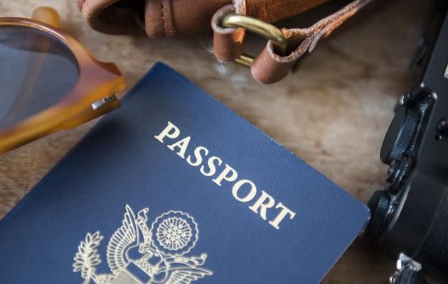 Δύο συλλήψεις για πλαστά διαβατήρια στο αεροδρόμιο Ηρακλείου