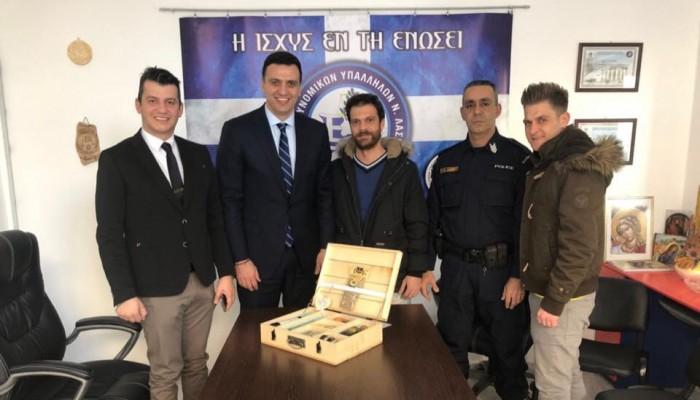 Στα γραφεία της ένωσης αστυνομικών Αγίου Νικολάου ο Βασίλης Κικίλιας