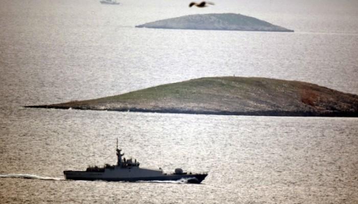 Hürriyet: Έντεκα τουρκικά πλοία γύρω από τα Ίμια