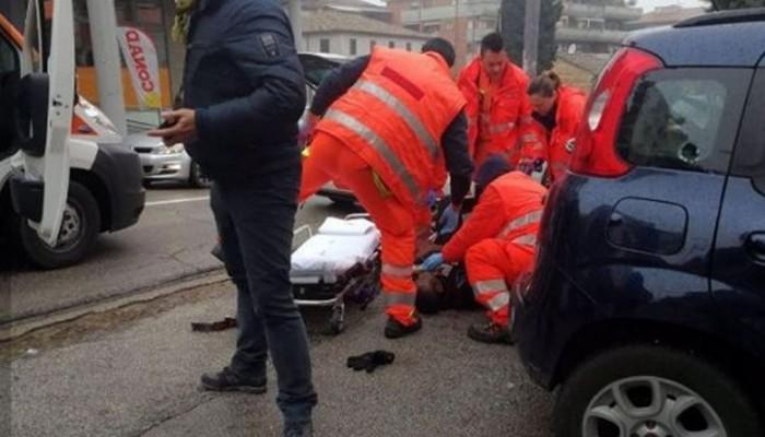 Ιταλία: Ακροδεξιός πυροβόλησε και τραυμάτισε 4 Αφρικανούς