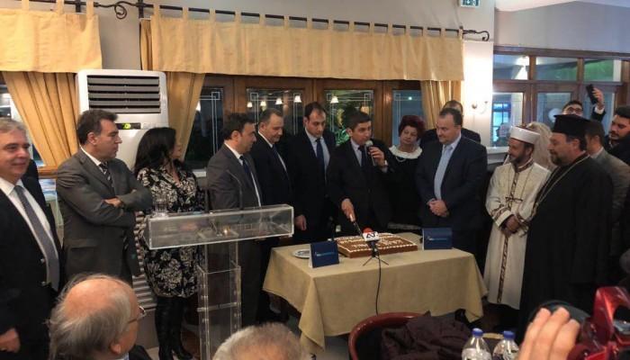 Αυγενάκης: Η κυβέρνηση προσπαθεί να γαντζωθεί στην εξουσία