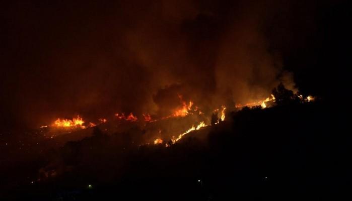Μεγάλη πυρκαγιά στην Κίσσαμο εν μέσω θυελλωδών νότιων ανέμων