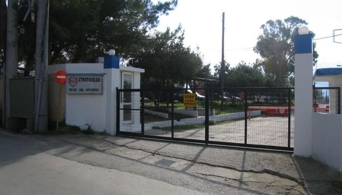 Την Παρασκευή πέφτουν οι υπογραφές για το στρατόπεδο Μαρκοπούλου