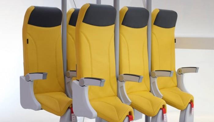 Ιταλική φίρμα παρουσίασε… όρθια καθίσματα αεροπλάνου