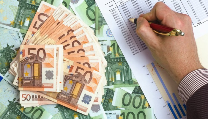 Κρητικός βρέθηκε να χρωστά στην εφορία...τρια δισεκατομμύρια ευρώ!