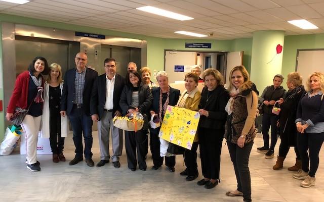 Επίσκεψη του δημάρχου Χανίων στην παιδιατρική κλινική του Νοσοκομείου