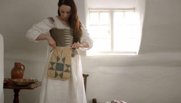 Πόσο χρόνο χρειάζονταν οι γυναίκες του 18ου αιώνα για να ντυθούν