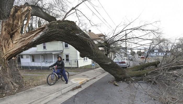 ΗΠΑ: Εκατοντάδες χιλιάδες κάτοικοι χωρίς ηλεκτροδότηση μετά απο καταιγίδες