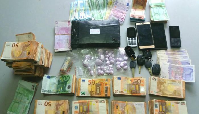 Βρήκαν πάνω από 1 κιλό κοκαΐνης στα Χανιά - Τα μετέφερε με το πλοίο (φωτο)