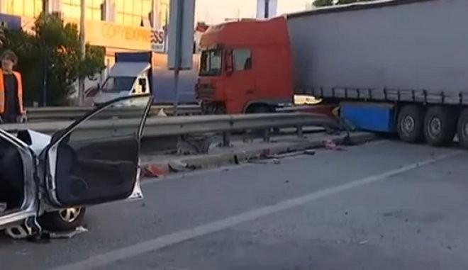 Αιφνίδιοι έλεγχοι σε φορτηγά μετά το τροχαίο δυστύχημα στον Κηφισό