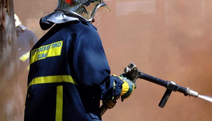 Πυρκαγιά σε αποθήκη στην Αγία Μαρίνα στα Χανιά
