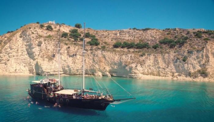 Η καρδιά και η ψυχή μας είναι η Κρήτη (Α' μέρος)