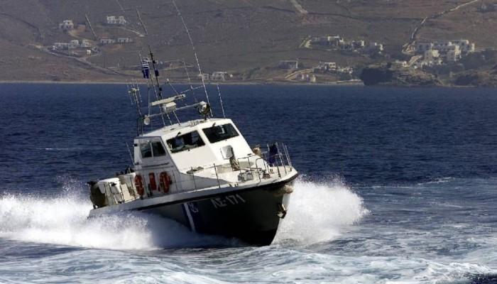 Χανιά: Βούτηξε στα παγωμένα νερά για να σώσει άντρα που θαλασσοπνιγόταν