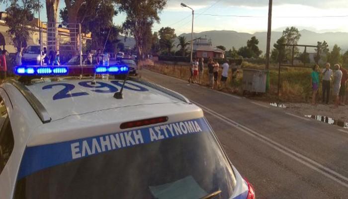 Άνδρας απειλούσε να πέσει από σκαλωσιά στο Μοναστηράκι