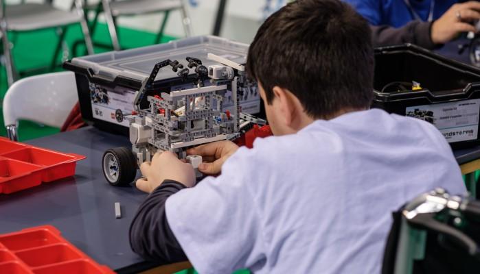 Δωρεάν μαθήματα εισαγωγής στην Ρομποτική με Arduino  για μαθητές στο «Δημοσκόπιο»