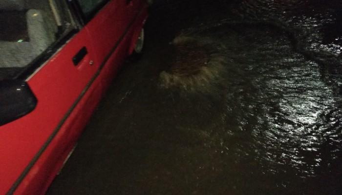 Πλημμύρισε τμήμα στη Γογονή με μια... βροχούλα (φωτο)
