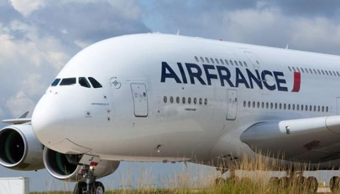 Αναγκαστική προσγείωση αεροπλάνου της Air France λόγω καπνού στην καμπίνα