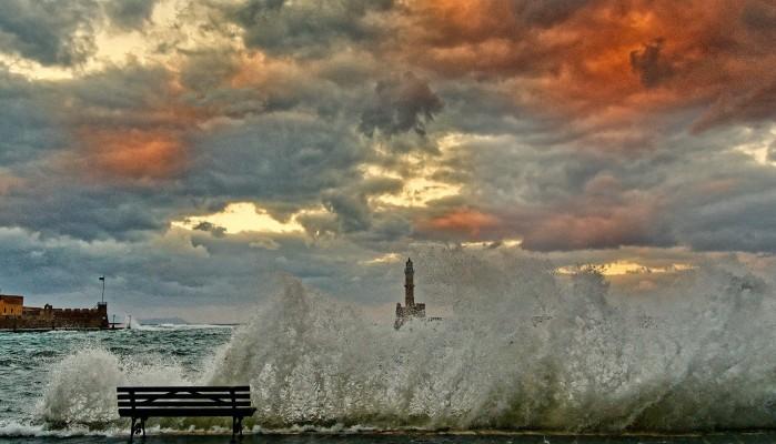 Υπέροχες εικόνες από το λιμάνι των Χανίων (φωτο)