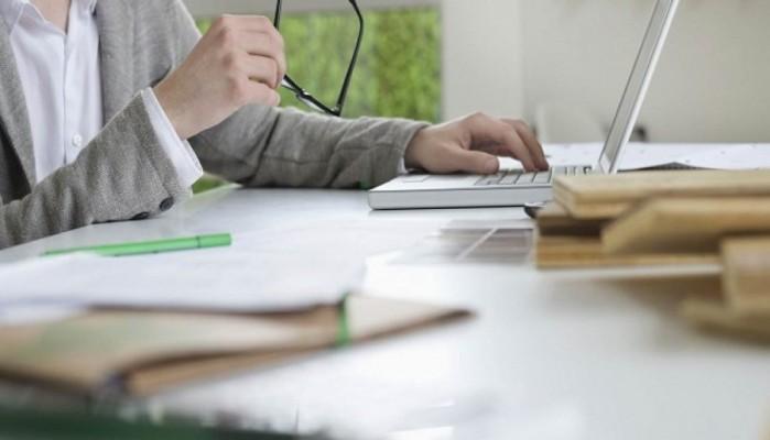 Αρχίζει επιδοτούμενο πρόγραμμα κατάρτισης ΛΑΕΚ εργαζομένων σε μικρές επιχειρήσεις