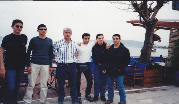 Η τάξη του 2001 του Καπετανάκειου συναντιέται ξανά (φωτο)