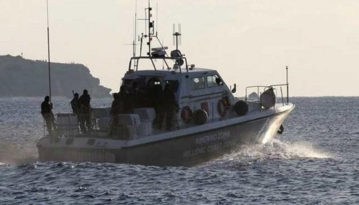 Επιχείρηση διάσωσης ιστιοφόρου με τρία άτομα στο Ηράκλειο