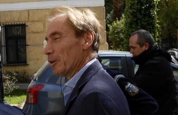 Εξαφανίστηκε κατηγορούμενος για το σκάνδαλο Siemens