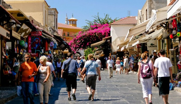 Οι Γερμανοί τουρίστες επιλέγουν Κρήτη
