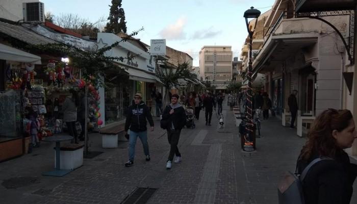 Μικτή εικόνα στην αγορά των Χανίων - Άνοιξαν και... δεν άνοιξαν καταστήματα