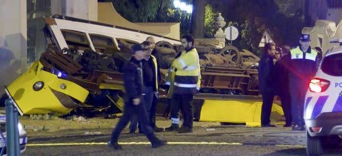 Λισαβόνα: Εκτροχιάστηκε συρμός του τραμ, 28 τραυματίες