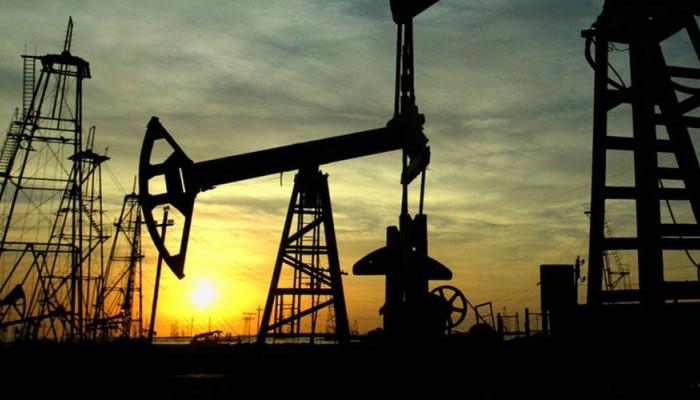 Στα ύψη η τιμή του πετρελαίου -Πάνω από τα 75 δολάρια το βαρέλι