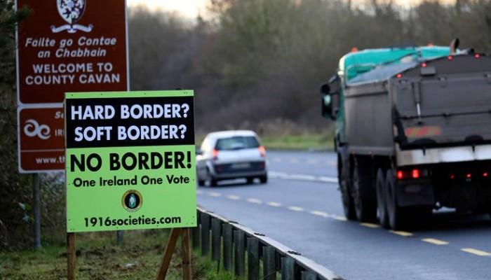 Brexit χωρίς συμφωνία φέρνει υποχρεωτικούς ελέγχους στα σύνορα