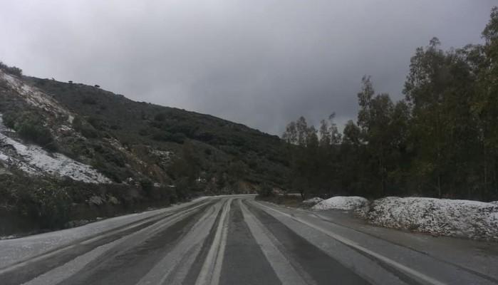 Ανοιχτός ο επαρχιακός δρόμος Ταυρωνιτη-Παλαιόχωρας (φωτο)