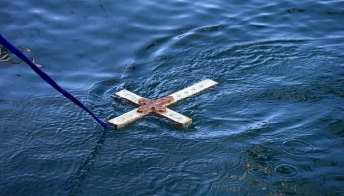 Στις 11 το πρωί της Κυριακής ο αγιασμός των υδάτων στο λιμάνι του Ηρακλείου