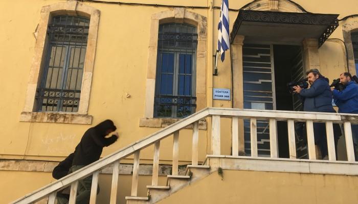 Χανιά:Στον ανακριτή ο καθηγητής που κατηγορείται οτι ασελγούσε σε μαθήτριες