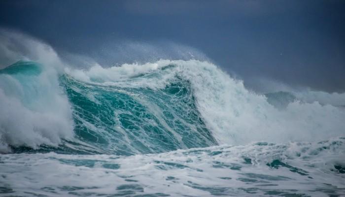 Η τρομερή δύναμη της θάλασσας στα νότια των Χανίων (φωτο)